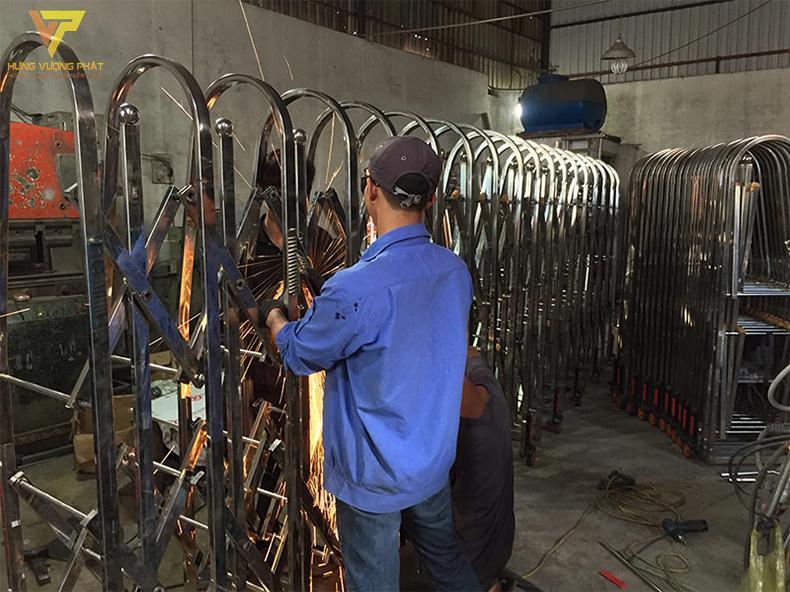 Sửa chữa cổng xếp điện