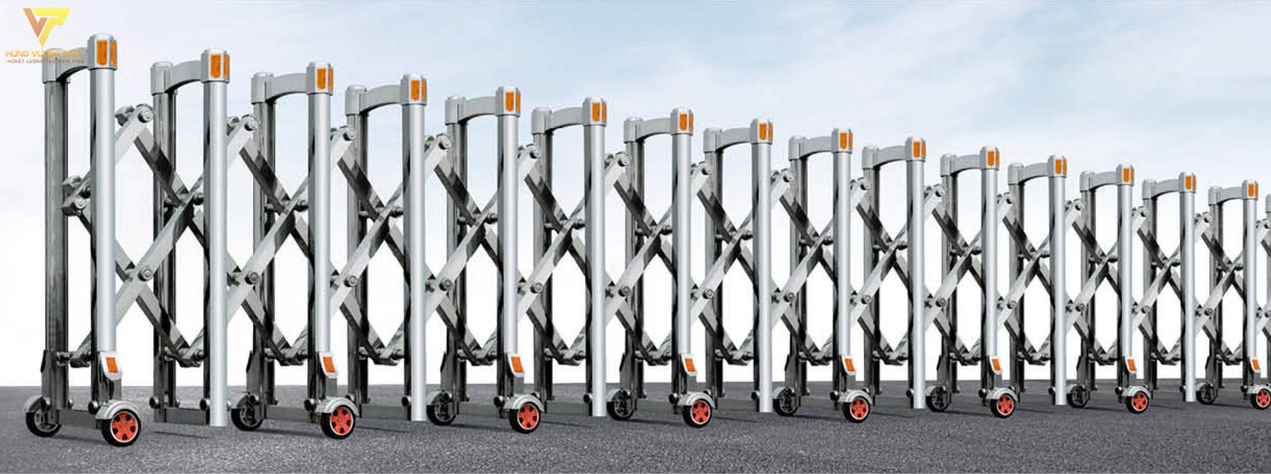 Cổng xếp inox chạy điện tự động HI65