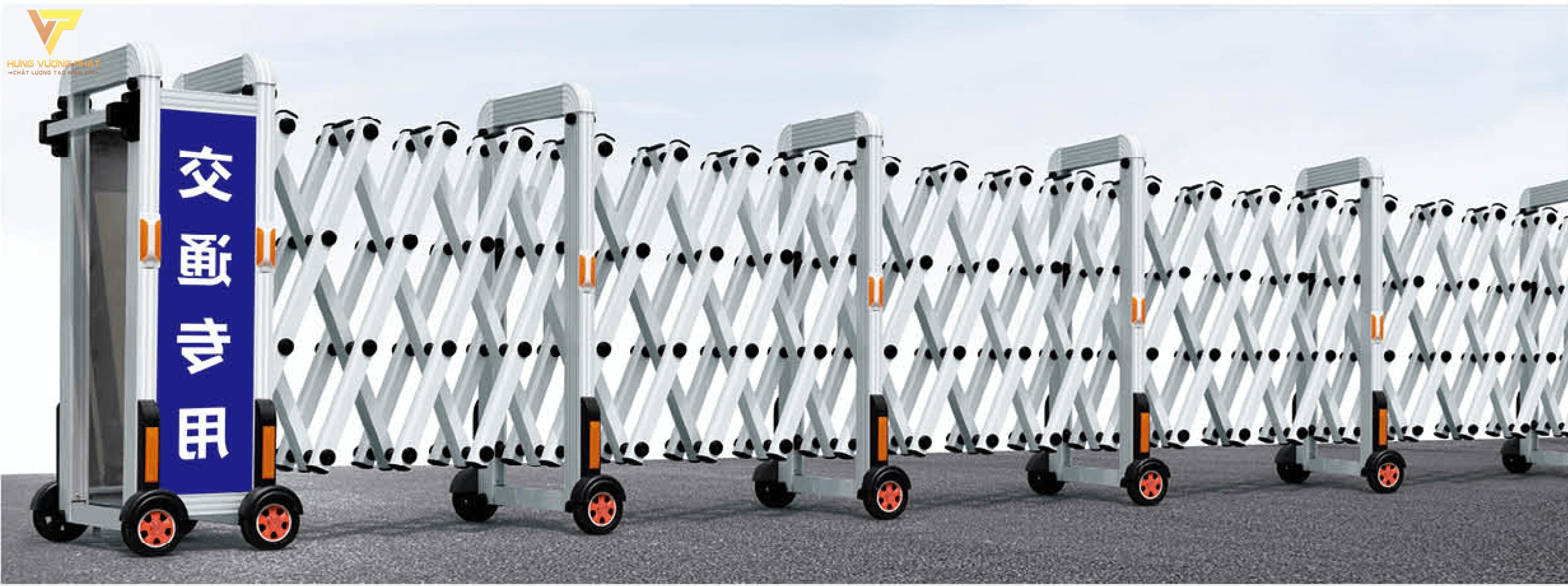 Cổng xếp inox chạy điện tự động HI67