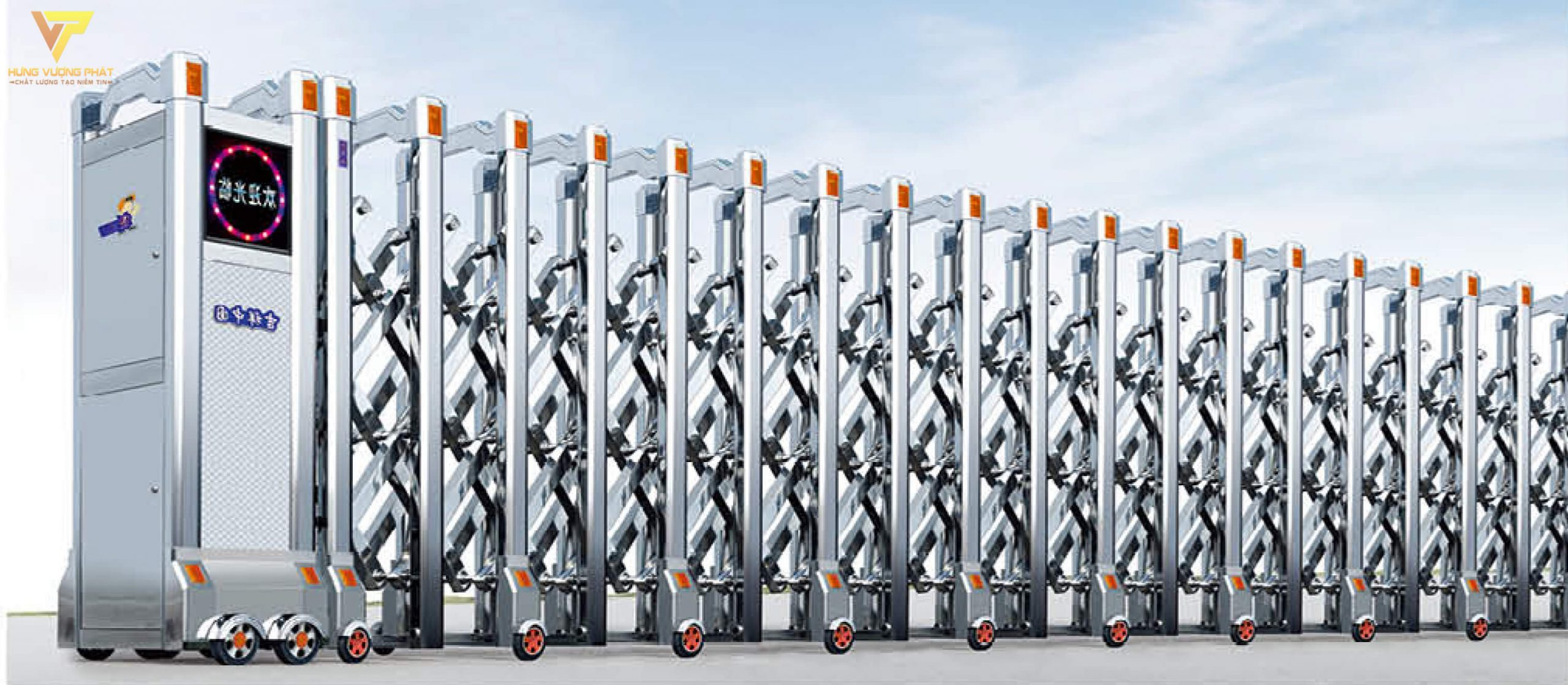 Cổng xếp inox chạy điện tự động HI27