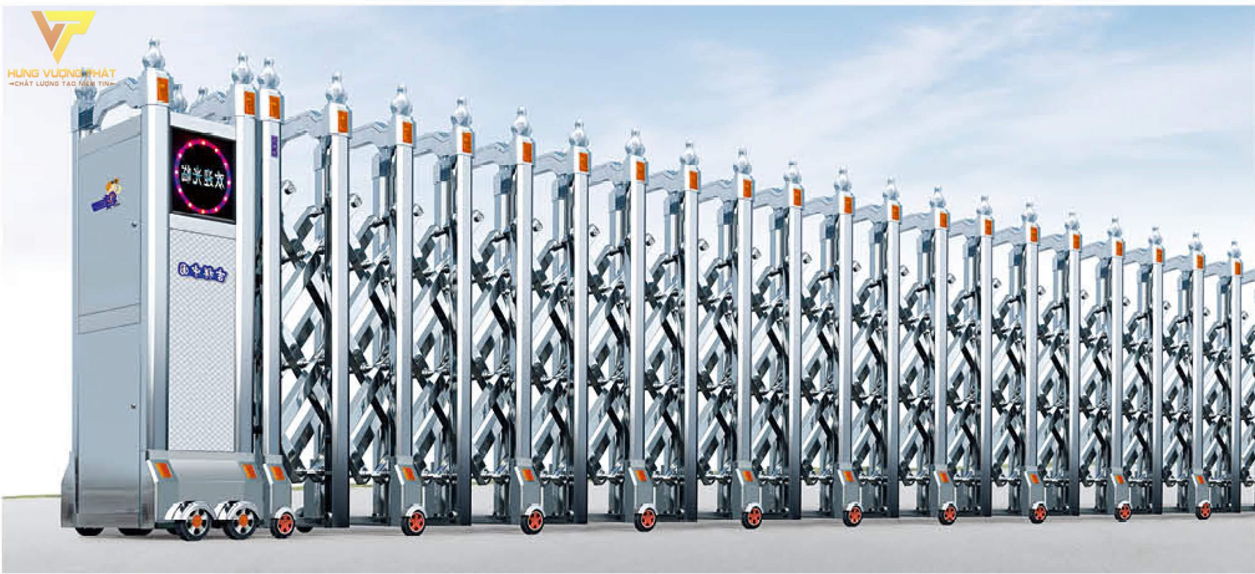 Cổng xếp inox chạy điện tự động HI28