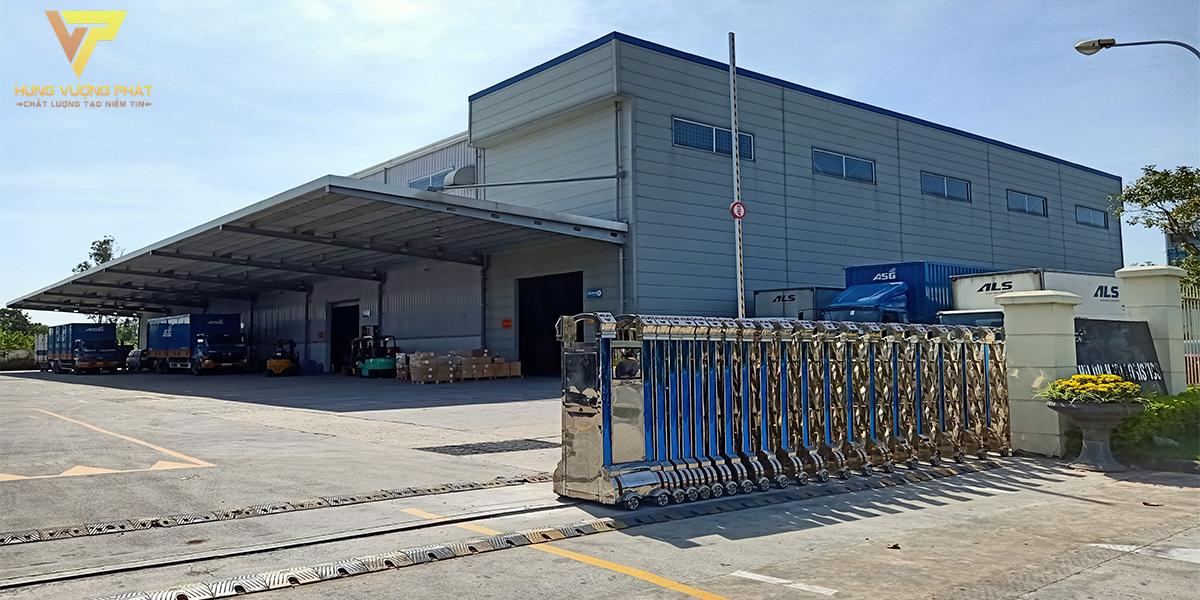 Lắp đặt cổng xếp tự động cảng hàng không Nội Bài