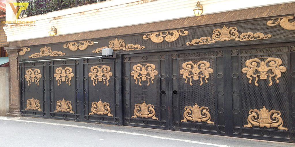 Dự án cổng nhà chị Phương Lạc Long Quân