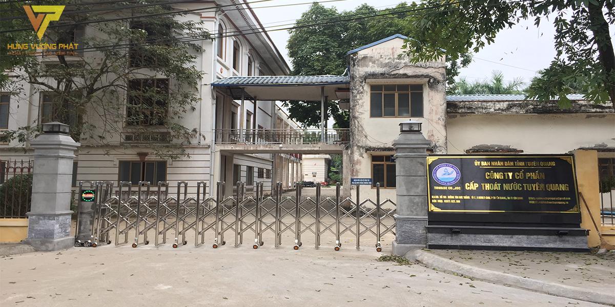 Lắp đặt cổng xếp tự động cho Công ty cổ phần cấp thoát nước Tuyên Quang