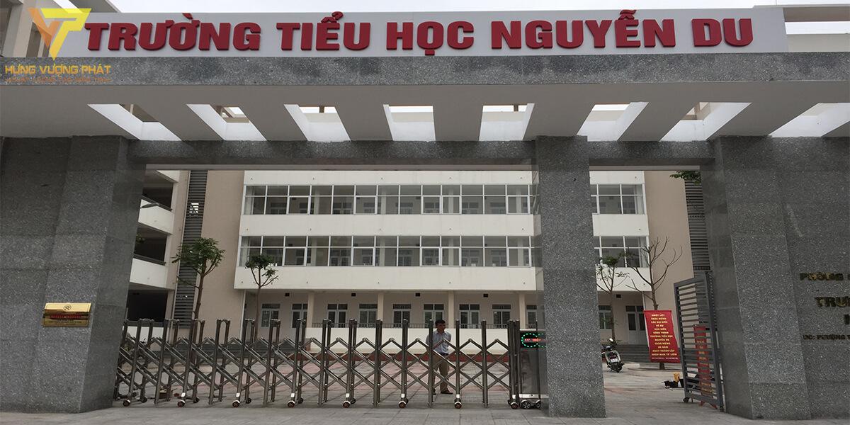 Lắp cổng xếp tự động cho trường tiểu học nguyễn du