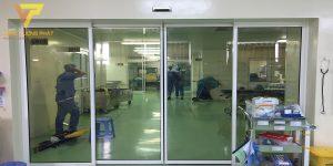 Lắp cửa tự động cho bệnh viện Việt Đức