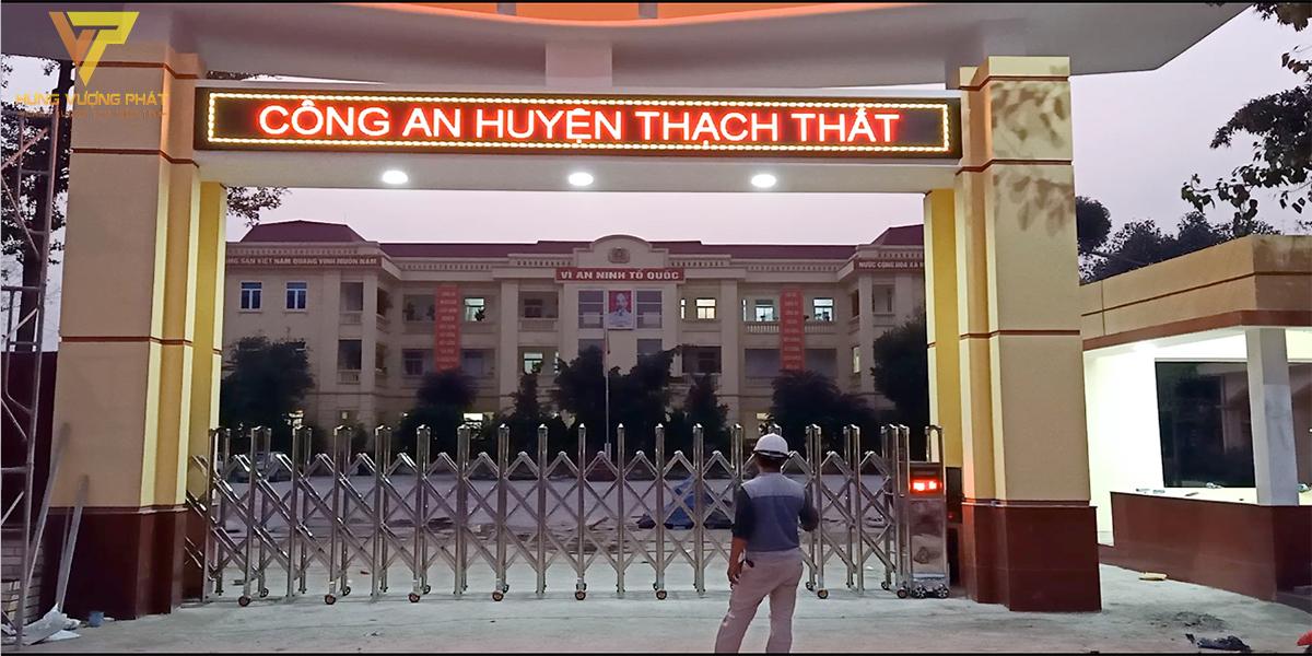 Lắp đặt cổng xếp inox tự động công an huyện Thạch Thất