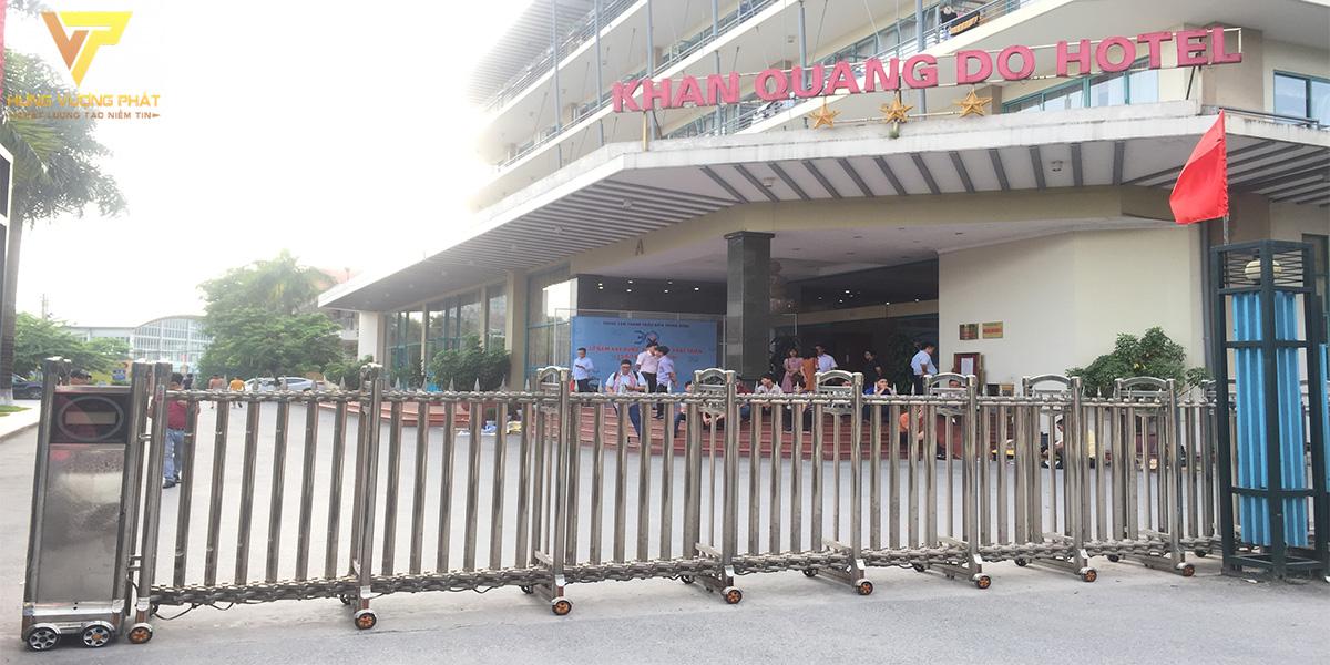 Dự án sửa chữa cổng xếp khách sạn Khăn Quàng Đỏ