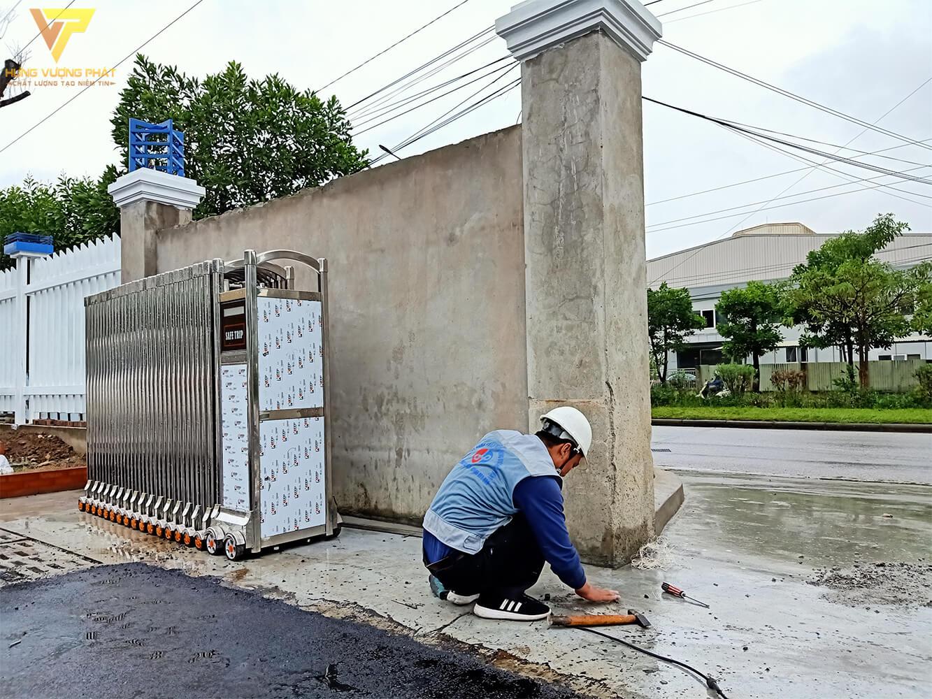Thợ sửa cổng