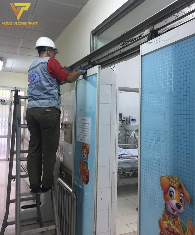 Sửa chữa cửa