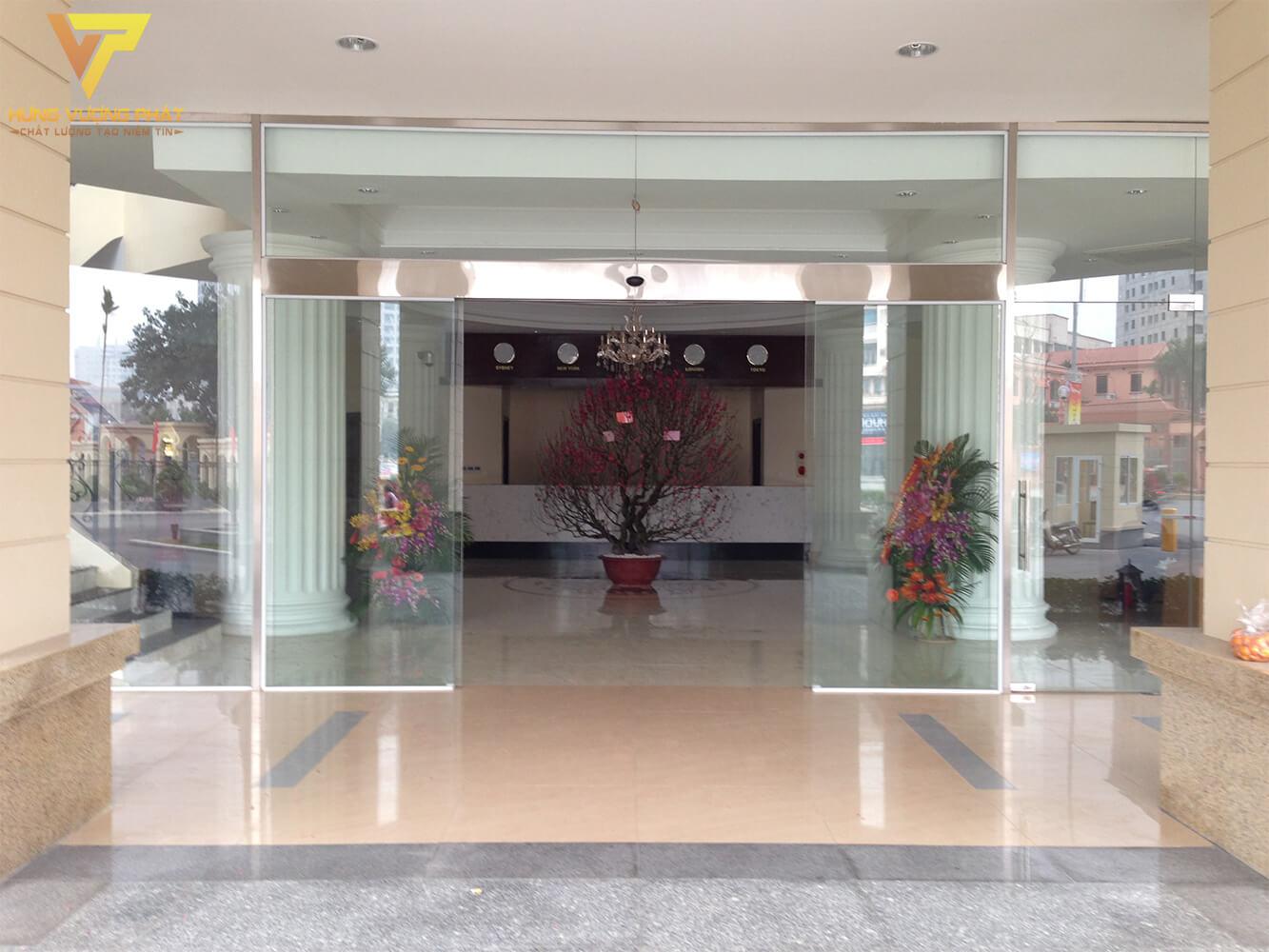 Lắp cửa tự động khách sạn hà nội sky