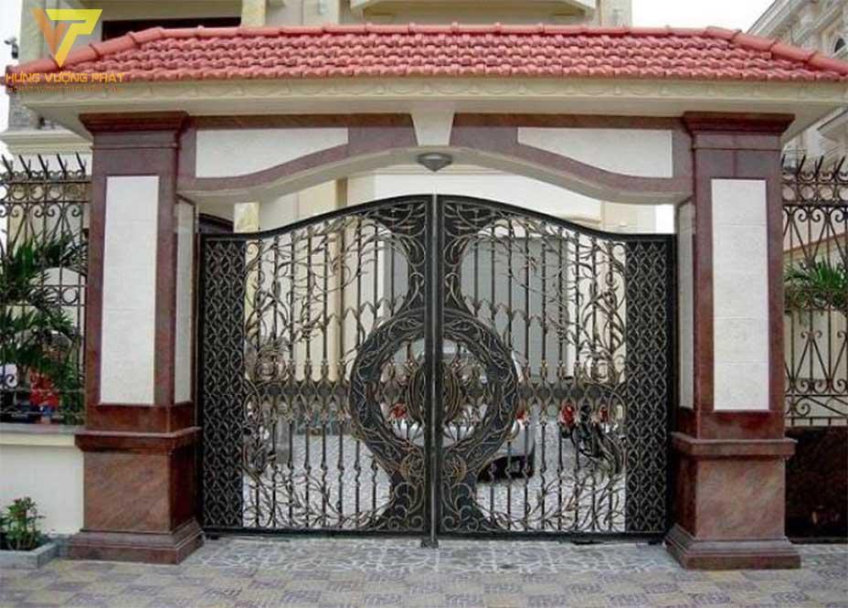 Cánh cổng nhà
